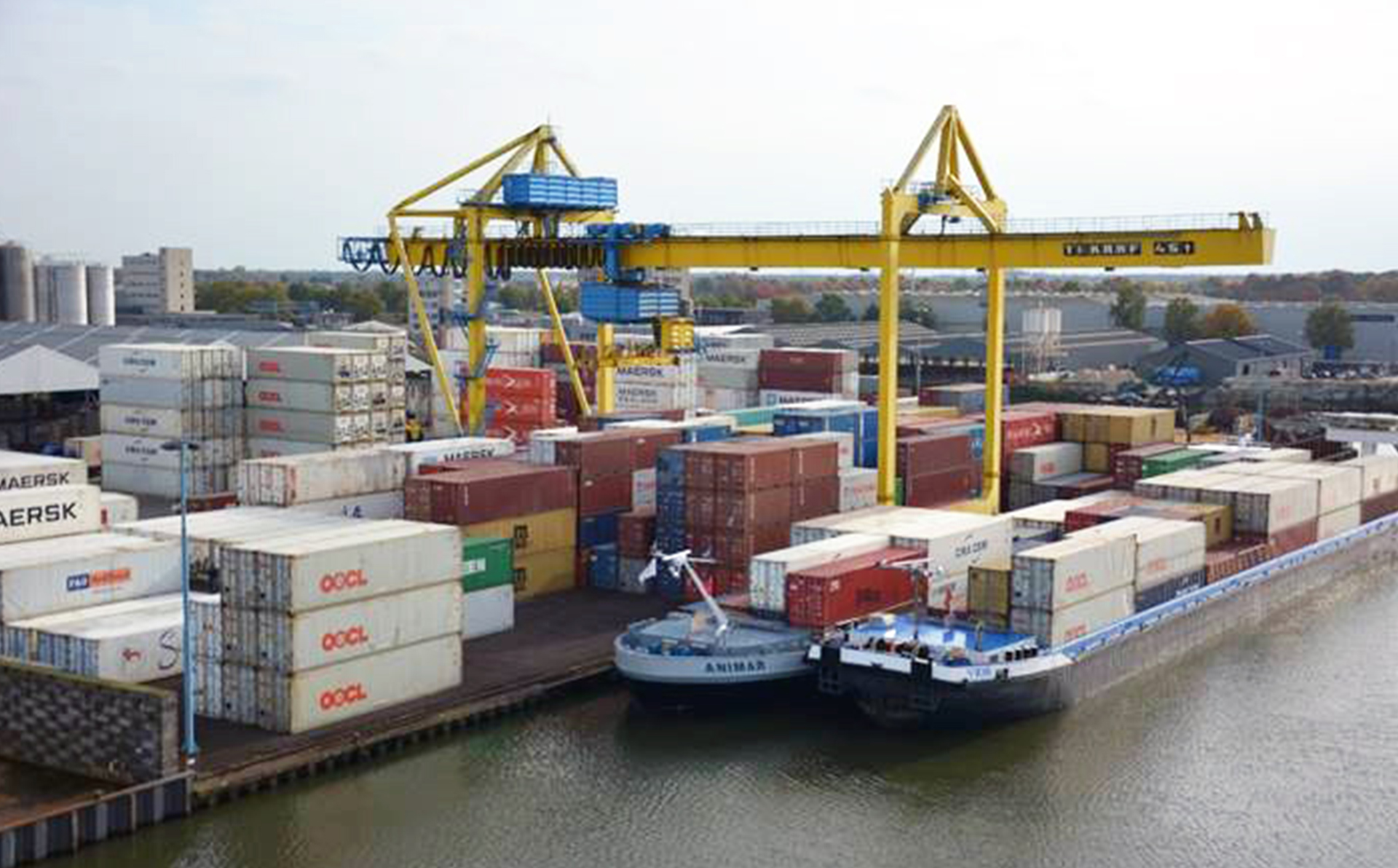 Containers van weg naar binnenvaart | Noord oost brabant terminal