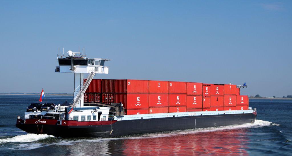 Containers van weg naar binnenvaart | Jacob Verdonk Ms Anda